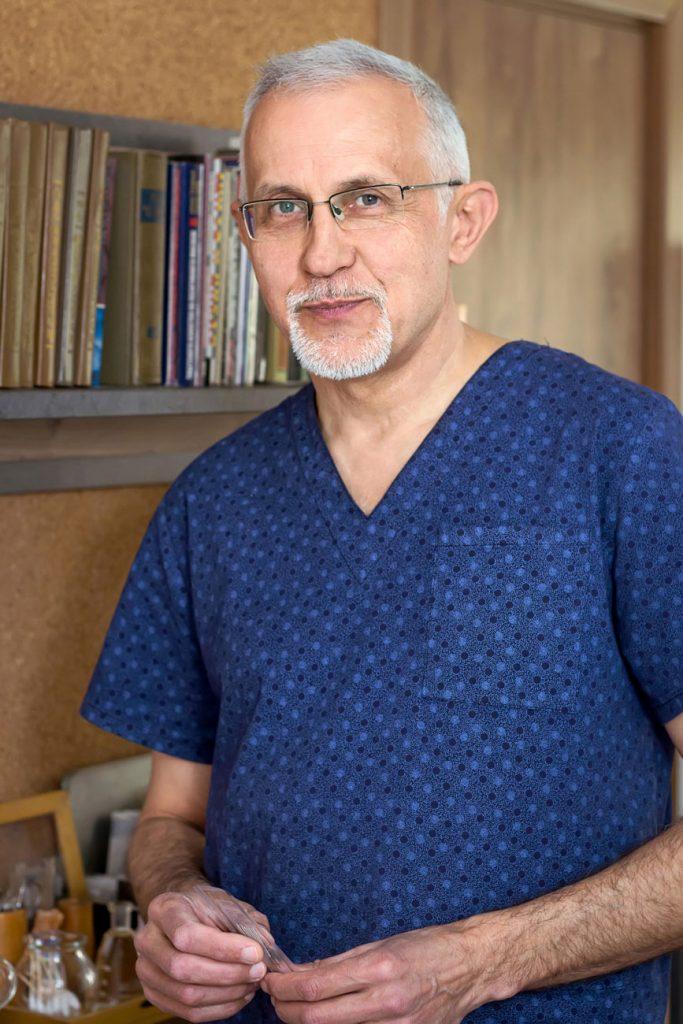 д-р Валерий Шакола - иглотерапевт